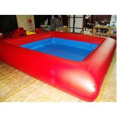 Большой надувной бассейн